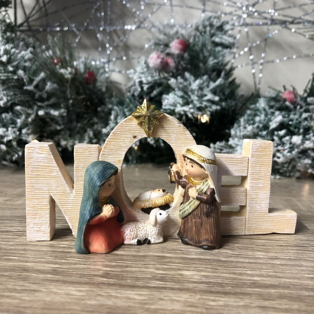 Noel Freestanding Ornamental Plaque Nativity Scene